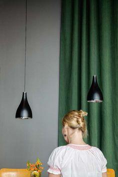 ONE EIGHTY in black – Suspension by serien.lighting at the restaurant Margarete in Frankfurt.  #Design #Lighting #Interior