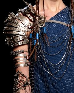Shoulder armor jewelry - @Gary Meadowcroft Meadowcroft Meadowcroft Roberts. Don't know if I'd ever wear, but SO cool.