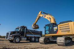 CATERPILLAR hybrid excavator