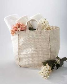 Crochet Tote Bag | FaveCrafts.com free crochet pattern