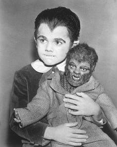 Eddie Munster and his Werewolf Doll Woof Woof The Munsters Series Publicity Photo Reprint Kitsch Horror TV Photography Halloween Decor The Munsters, Munsters Tv Show, La Familia Munster, Dramas, Tv Movie, Classic Monsters, Old Tv Shows, Vintage Tv, Butches