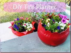 11 Completely Genius Trash-to-Treasure Crafts. One of which is planters from old tires. In place of raised beds. Garden Deco, Garden Art, Home And Garden, Garden Design, Tire Planters, Flower Planters, Flower Pots, Cheap Planters, Garden Planters