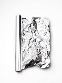 'Favorites' in Linda Magazine NL Photography by Frank Brandwijk I 'Aluminium Silver Foil'