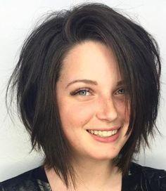 66 Chic Short Bob Hairstyles & Haircuts for Women in 2019 - Hairstyles Trends Choppy Bob Hairstyles, Sleek Hairstyles, Short Haircuts, Haircuts For Medium Length Hair, Drawing Hairstyles, Braided Hairstyles, Wedding Hairstyles, Medium Hair Styles, Curly Hair Styles