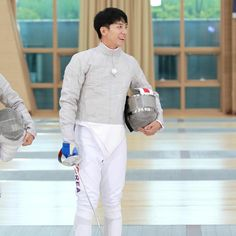 Actors Male, Korean Actors, Lee Seung Gi, White Jeans, Prepping, Celebrities, Pants, Illusions, Kdrama