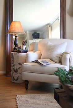 Small rooms can present a challenge for DIY interior designs. See these fabulous tips for decorating small rooms or small spaces at Queen Bee of Honey Dos. Log End Tables, Log Side Table, A Table, Small Room Decor, Small Rooms, Birch Decorations, Birch Logs, Log Siding, Double Doors Interior