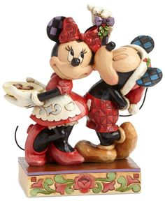 Jim Shore Disney Mickey and Minnie Under the Mistletoe Collectible Figurine
