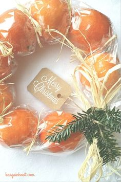 Christmas wreath | cute edible gift made from clementines