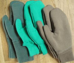 Mittens from recycled sweatshirts. Maybe a project for service groups to make and give to homeless shelters.