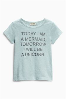 Is it because I'm a Unicorn? Dreamy fashion bedroom buys & a party box with - Slogan T Shirt - Ideas of Slogan T Shirt - Is it because I'm a Unicorn? Dreamy fashion bedroom buys & a party box with unicorns Cute Tshirts, Cool T Shirts, Funny Shirts, Tee Shirts, Casual Shirts, I Am A Unicorn, Unicorn Dress, Unicorn Party, T Shirt Designs
