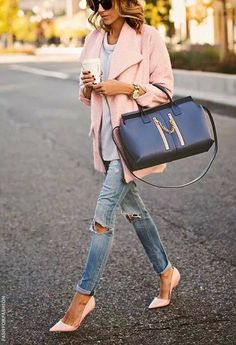 Torn jeans and the pointy, pointed toes. Major love.