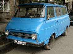 Skoda 1203 Vans, Bugatti, Cars And Motorcycles, Vintage Cars, Cool Cars, Volkswagen, Porsche, Classic Cars, Automobile