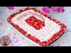 TIRAMISU TRUSKAWKOWE   rita creative - YouTube Tiramisu, The Creator, Creative, Cook, Youtube, Recipes, Alcohol, Ripped Recipes