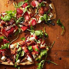 These healthy pizza recipes include great alternatives to fit your diet including gluten free recipes, cauliflower pizza crust and clean eating recipes. You can have pizza on your diet with these great low carb options!
