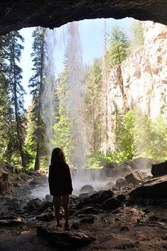 Hanging Lake Colorado | Day Hikes Near Denver - Explore The Best Hiking In Colorado