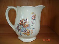 Kitchenware, Tableware, Milk Jugs, Cutlery, Finland, Dinnerware, Beautiful Things, Stuff To Do, Porcelain