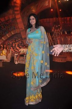 Sridevi wows in blue and yellow Manish Malhota saree at NDTV Greenathon http://shar.es/q3Lhi