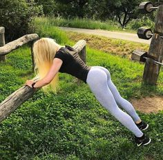 YOUNG SPORTY DREAM GIRLFRIENDS OF INSTAGRAM - August 10 2017 at 02:47PM : Health Exercise #Fitspiration #Fitspo FitFam - Crossfit Athletes - Muscle Girls on Instagram - #Motivational #Inspirational Physiques - Gym Workout and Training Pins by: CageCult