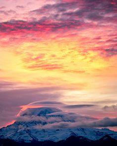 sunrise, Mount Rainer, Mount Rainer National Park, Washington