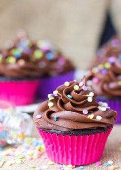 Light, fluffy and moist, these easy chocolate cupcakes can be made from scratch in just one bowl, then ice them with a fudgy chocolate buttercream frosting. Baking Cupcakes, Yummy Cupcakes, Cupcake Recipes, Cupcake Cakes, Dessert Recipes, Cup Cakes, Lime Cupcakes, Ladybug Cupcakes, Kitty Cupcakes