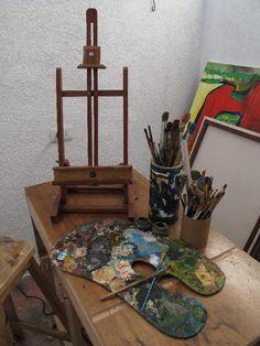 Caballete de mesa, en madera para pintores