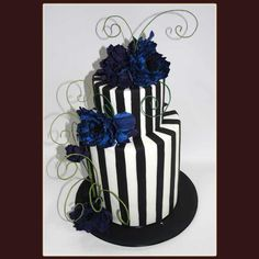 tim burton wedding theme | Tier Tim Burton inspired Cake