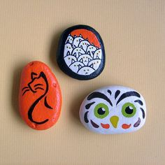 Set of 3 Autumn-themed painted stones