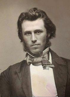 #ArtDept: Daguerreotype, Tinstypes & Ambrotypes of Handsome Men Look Vintage, Vintage Men, Vintage Pictures, Vintage Images, Victorian Men, Vintage Gentleman, Photos Originales, Old Portraits, Old Photography