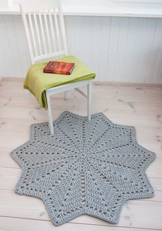 Grey star shaped doily rug - handmade rug - cotton rug - crochet carpet - lace rug - floor mat - round ripple - home decor 117 cm/ 46 inches