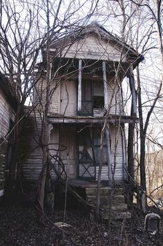 Abandoned in Moselle, Missouri. Franklin County.