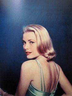 Grace Kelly: 1954
