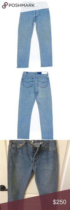 "NWT RE/DONE LEVIS Relaxed Crop- Size 25 Vintage Levi's made in the American South cira 90's, RE/DONE in Los Angeles.  Front Rise 8 3/4"" Back Rise 12 1/2"" Inseam 27"" RE/DONE Levis Jeans Boyfriend"