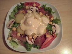 Savoyard salad – Famous Last Words Mexican Breakfast Recipes, Brunch Recipes, Raclette Cheese, Winter Salad, Vegetable Drinks, Restaurant Menu Design, Healthy Eating Tips, Breakfast Casserole, Diet And Nutrition