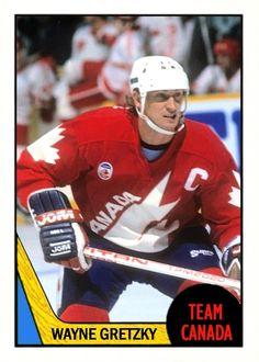 Picture Hockey Shot, Hockey Puck, Ice Hockey, Sports Day, Sports Pics, Hockey Hall Of Fame, Hockey World, Hockey Quotes, Wayne Gretzky
