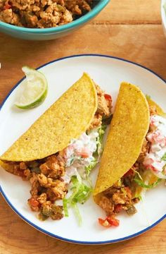 Low FODMAP Recipe and Gluten Free Recipe - Chicken tacos with red pepper salsa