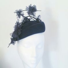 Navy hat with ostrich quills and organza flowers Navy Hats, Organza Flowers, Fascinator, Quilling, Anna, Bedspreads, Headdress, Quilling Art, Paper Quilling