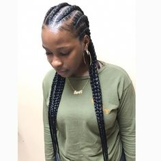 When it comes to African styles of braiding, you can never run out of options. This includes regular braids, twist braids and Ghana braids among others. However, most women find some styles more preferable. The most common are the Ghana braids. Feed In Braids Ponytail, Under Braids, Curly Hair Braids, Bob Braids, Loose Braids, Long Box Braids, Twist Braids, Curly Hair Styles, Fishtail Braids