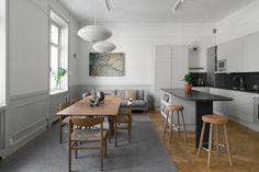 Koti Ruotissa - A Home in Sweden Per Jansson Koti Espanjassa - A Home in Sp. Dining, Interior Design, Kitchen, Table, Grey Wood, Furniture, Sweden, Home Decor, Interiors