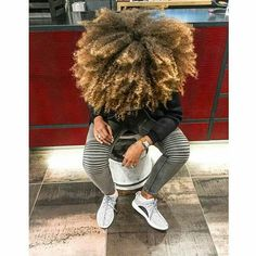 82 fun and sexy hairstyles for naturally curly hair - Hairstyles Trends Kinky Curly Hair, Curly Hair Styles, Natural Hair Styles, Wavy Hair, Blonde Natural Hair, Protective Hairstyles, Weave Hairstyles, Fringe Hairstyle, Dreadlock Hairstyles
