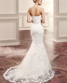 In love with this dreamy @modeca bridal gown! Simplistic and effortlessly elegant. #weddingideas #modeca #simplicity #simpleandpure #weddingday #weddinggown #bridalinspo #bridalshop #bridalfashion #weddingshop #weddinginspo #bridalinspiration #weddinginvitation #love #ootd #picoftheday #chic #dreamweddingdress # by abigailscollection
