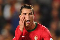 27 Cristiano Ronaldo Reactions For Everyday Situations. These are all so perfect.