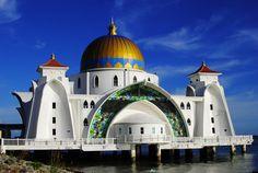 Melaka… momo és makuka… Buddhist Temple, World Cultures, Mosque, Taj Mahal, Island, Building, Travel, Block Island, Construction