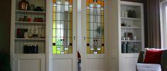 De #ensuitedeuren kunt u dezelfde uitstraling geven als de deuren in de rest van uw woning,  kunt glas in lood gebruiken of wit of gekleurd facetglas.