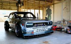 Doctor Stance - Cars, Cars and more Cars. : Photo
