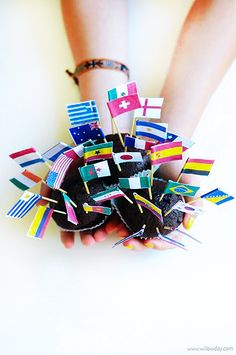Printable Mini World Flags | willowday