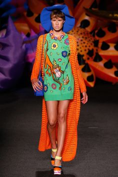 Moschino Resort 2017 Fashion Show - Clare Larsen