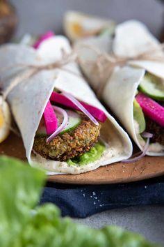 Falafel Wrap, Plant Based, Vegan Recipes, Minimalist, Favorite Recipes, Meals, Dinner, Ethnic Recipes, Desserts
