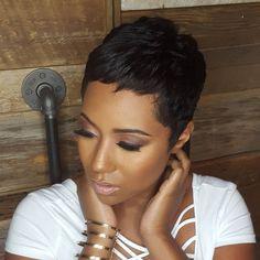Black Hairstyles For Vegas Cute - vegas trip ideals Short Haircut Styles, Cute Hairstyles For Short Hair, My Hairstyle, Short Hair Cuts, Pixie Hairstyles, Pixie Cuts, Haircuts, Black Pixie Haircut, Pelo Pixie