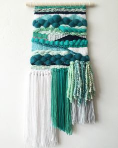 Inspo: Large Tapestry Weaving Más