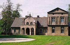 Kwiatków, dwór. Mansions, House Styles, Polish, Manor Houses, Home Decor, Fotografia, Vitreous Enamel, Decoration Home, Room Decor